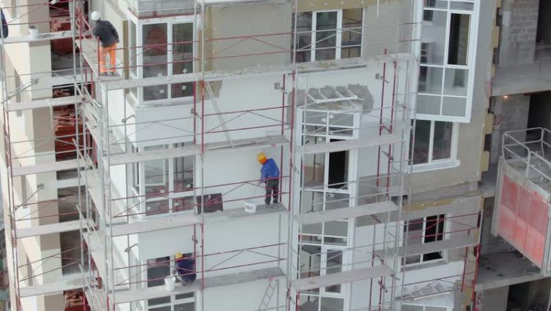 <p>Izolarea blocurilor înalte cu polistiren este interzisă prin lege. Aflaţi care sunt riscurile</p>